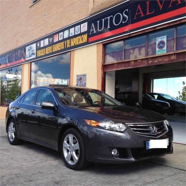 HONDA Accord 2.2 iDTEC Luxury Innova 4p.