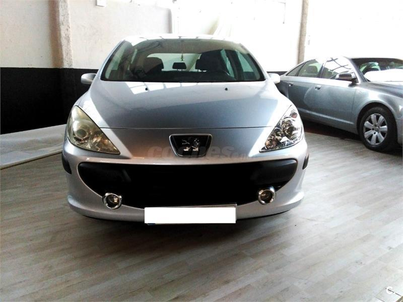 PEUGEOT 307 1.6 HDi 90 DSign 5p.