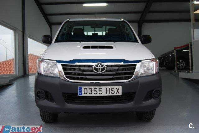TOYOTA Hilux 2.5 D4D Doble Cabina GX 4x4 4p.