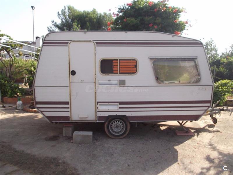 Caravana Roller Roma 750kg con documentación