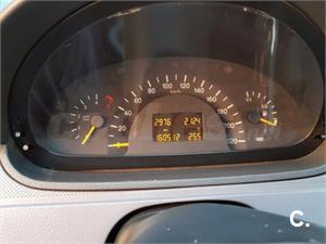 MERCEDES-BENZ Vito 111 CDI Mixto Compacta 4p.