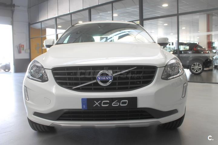 VOLVO XC60 2.4 D4 AWD Kinetic 5p.