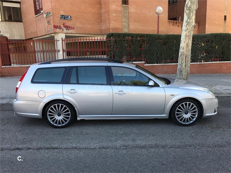 FORD Mondeo 3.0i V6 ST 220 Wagon 5p.
