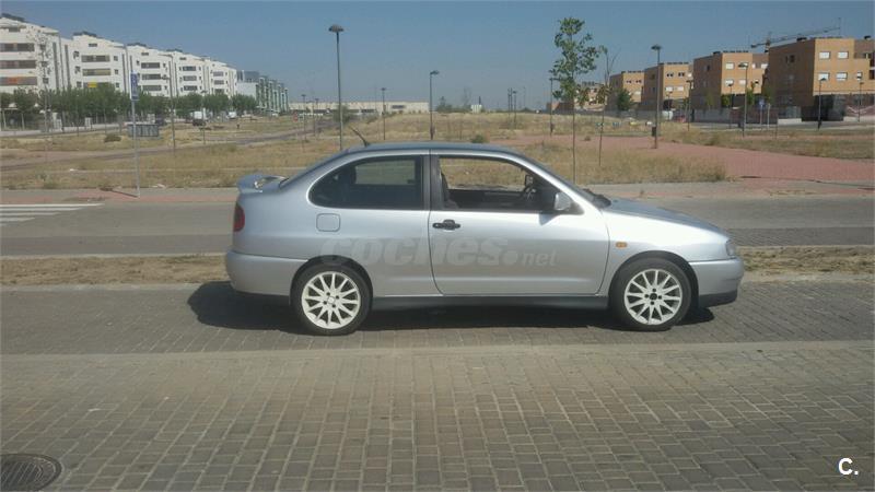SEAT Cordoba 1.9 TDI SX 110CV 2p.