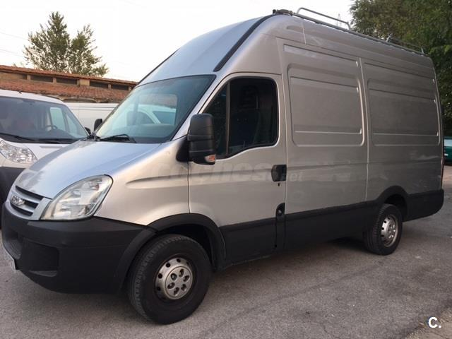 IVECO Daily 35 S 12 V 39501900 RS