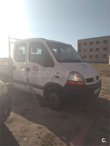 Renault MASTER 2.5 CDI DOBLE CABINA Y CHASIS VOLQUETE