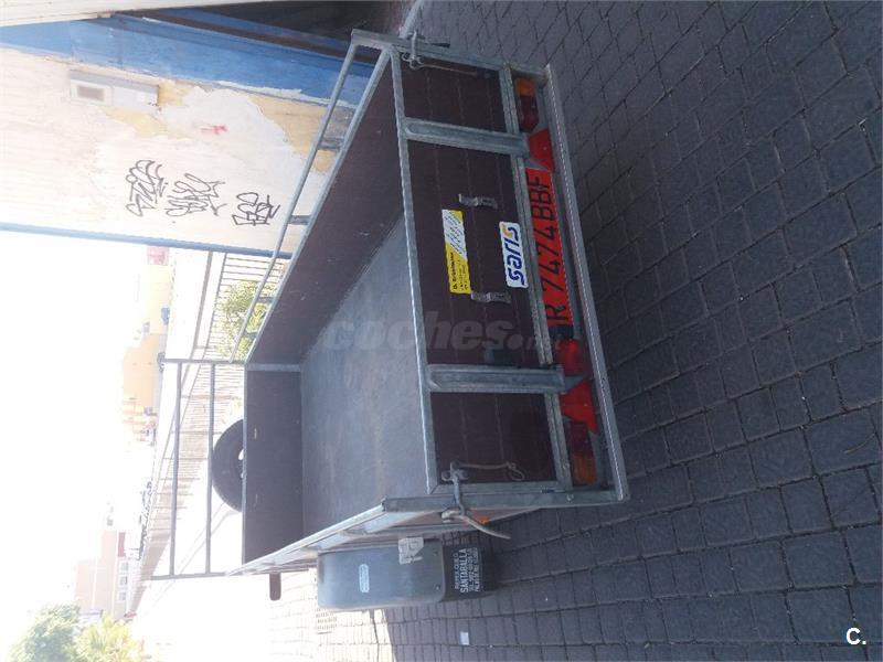 Remolque 1300 kg