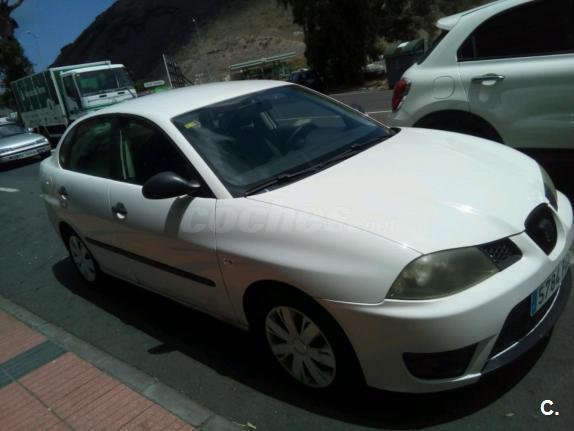 SEAT Cordoba 1.4 16v 75cv Reference Automatico 4p.
