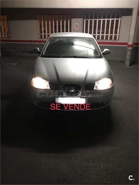 SEAT Cordoba 1.9 TDI 100 CV STYLANCE 4p.