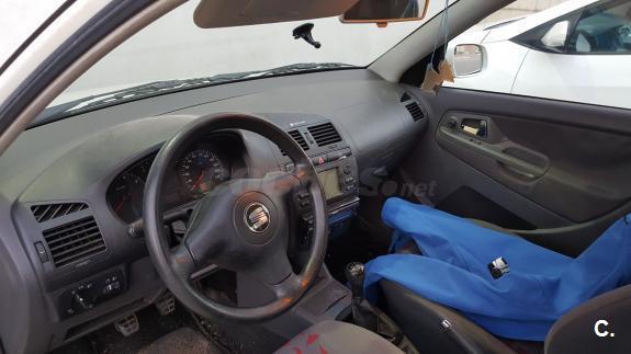 SEAT Cordoba 1.4 STELLA 4p.