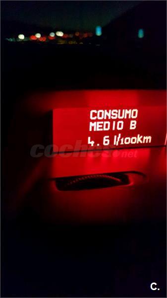 ALFA ROMEO 156 1.9 JTD Distinctive 140CV 4p.