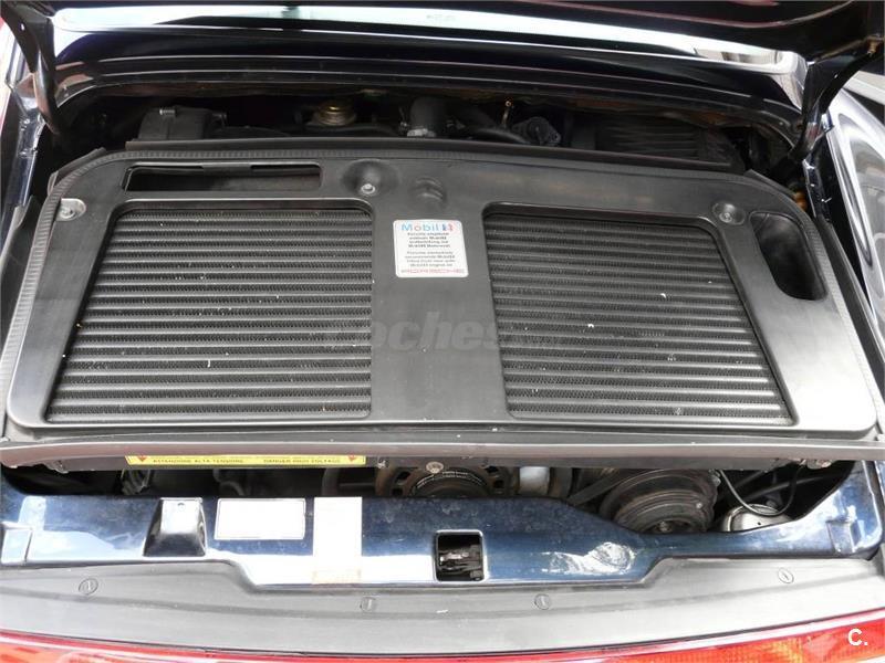 PORSCHE 911 911 TURBO (993) 2p.
