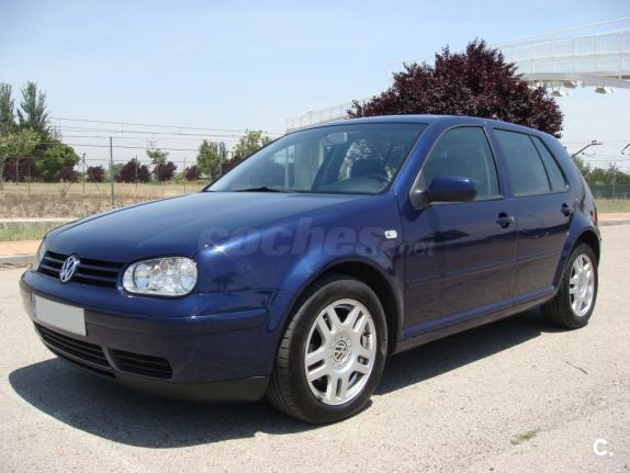 VOLKSWAGEN Golf 1.9 TDi Advance 100CV 5p.
