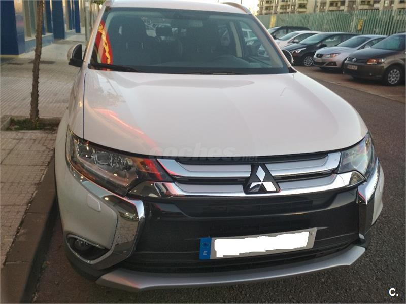 MITSUBISHI Outlander 220 DID Motion 4WD 5p.