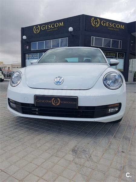 VOLKSWAGEN Beetle 1.6 TDI 105cv Connection 3p.
