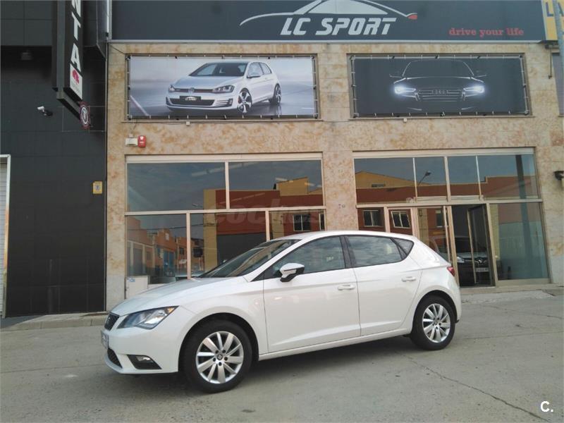 SEAT Leon 1.6 TDI 105cv StSp Style 5p.