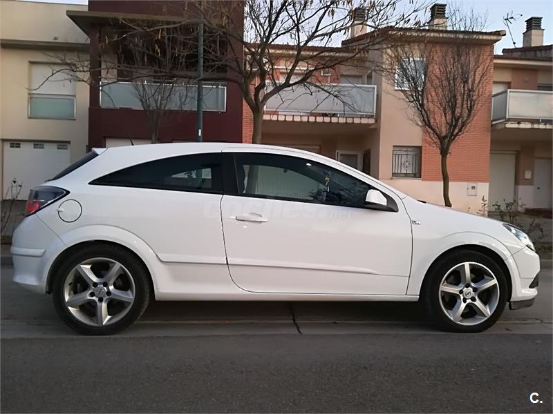 OPEL Astra GTC 1.9 CDTi 150 CV Sport 3p.