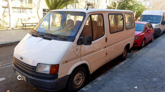 FORD Transit FT 190 CHASIS CABINA DOBLE 3p.