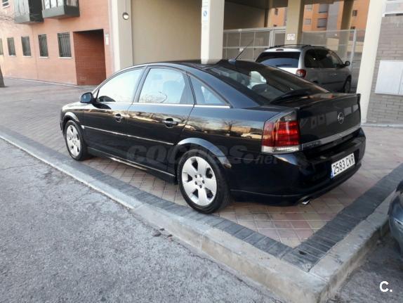 OPEL Vectra GTS 2.2 DTI 16v 5p.