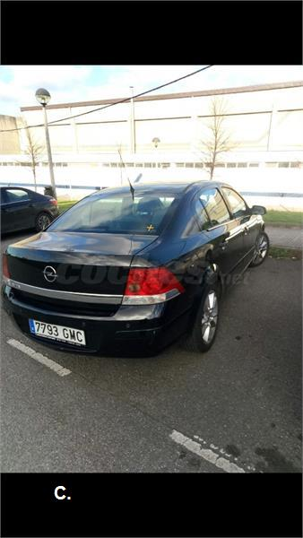 OPEL Astra 1.6 Cosmo 5p.