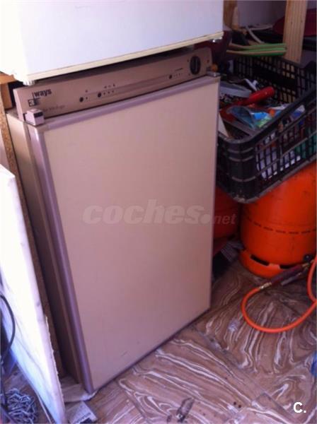 VITRIFRIGO3WAYS - NEVERA TRIVALENTE: ELECTRICA GAS