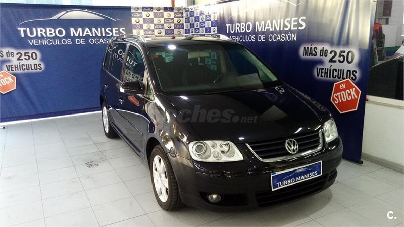 VOLKSWAGEN Touran 2.0 TDI ADVANCE 5p.