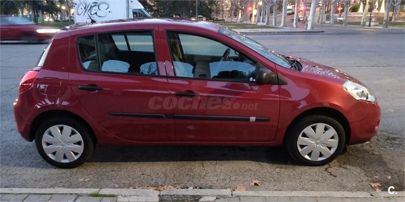 RENAULT Clio Authentique 1.2 16v 75cv 5p. eco2 5p.