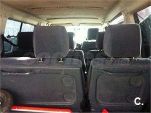 VOLKSWAGEN Caravelle 2.5 TDi Comfortline larga 8 pl 150 CV 4p.
