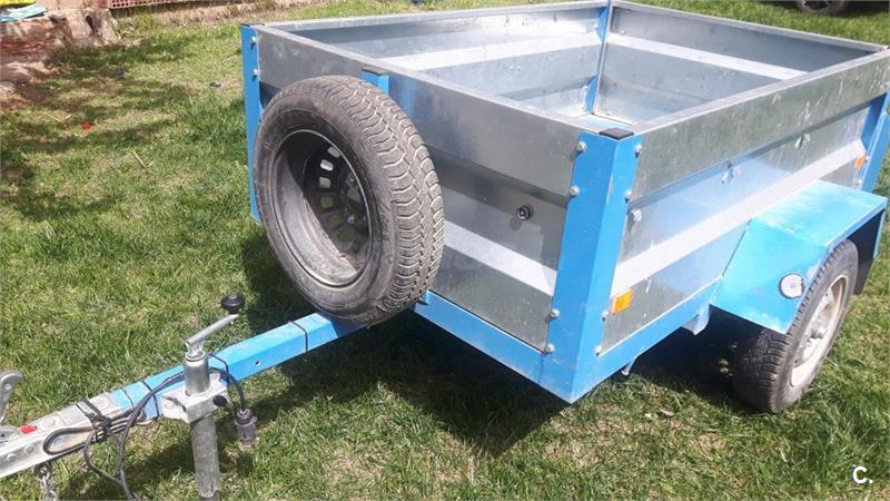 Remolque agrícola 750kg prácticamente nuevo