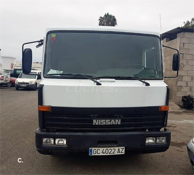 NISSAN CAMION L-35 FURGON CHASIS