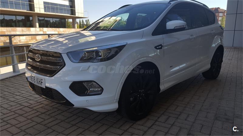 FORD Kuga 2.0 TDCi 110kW 4x4 STLine Powers. 5p.