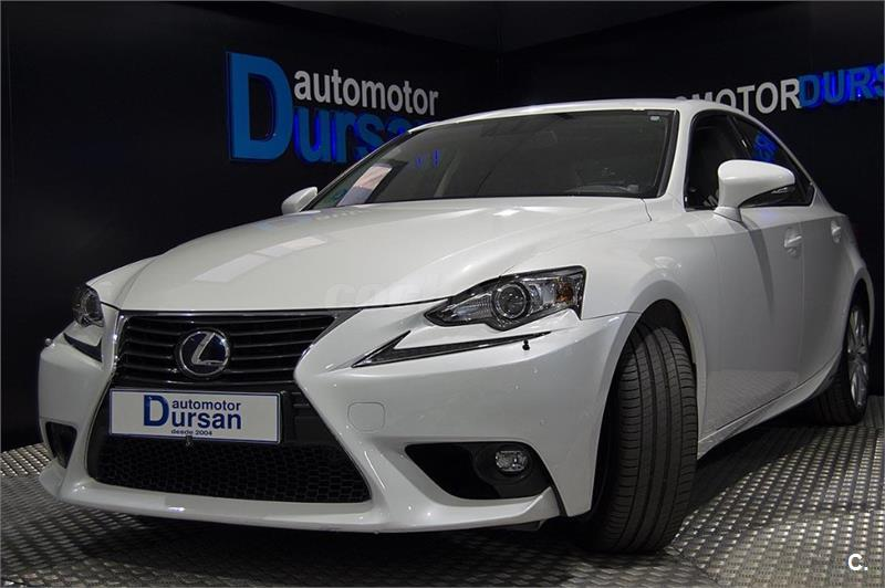 LEXUS IS 300h Executive Tecno Navibox 4p.