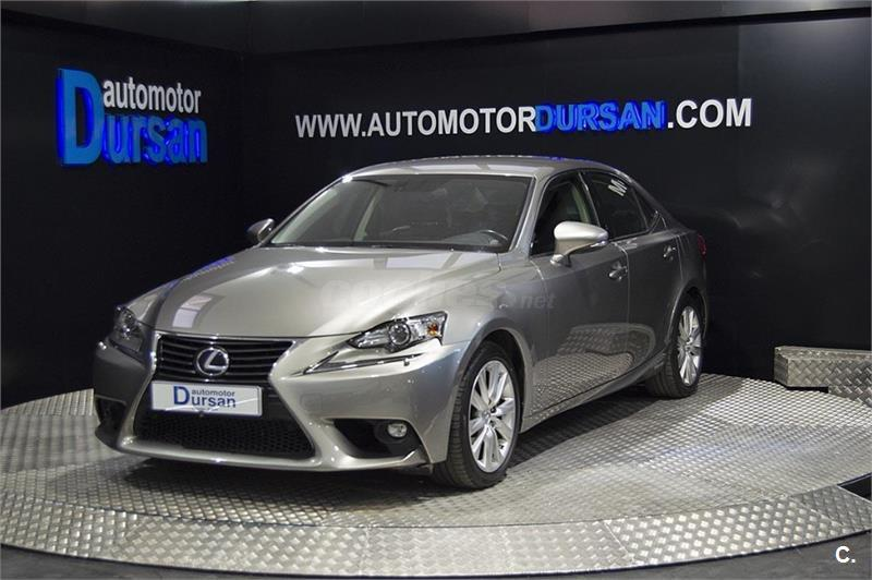 LEXUS IS 2.5 300h Executive Tecno Navibox 4p.