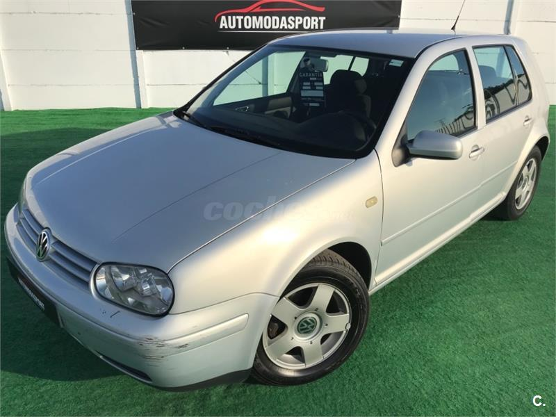 VOLKSWAGEN Golf 1.9TDI HIGHLINE 5p.