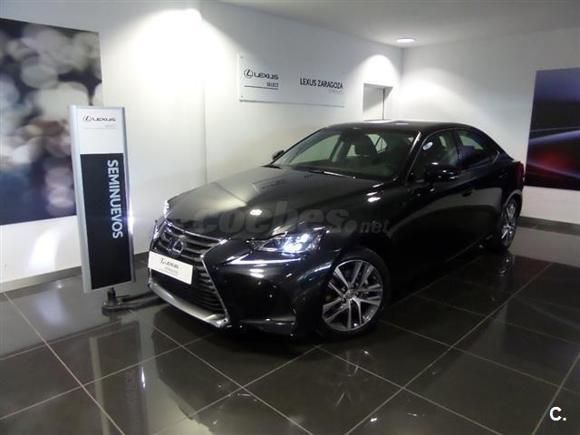 LEXUS IS 2.5 300h Executive 4p.