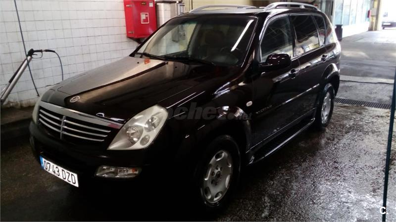 SSANGYONG Rexton 270 XDI FULL PROFESIONAL 5p.