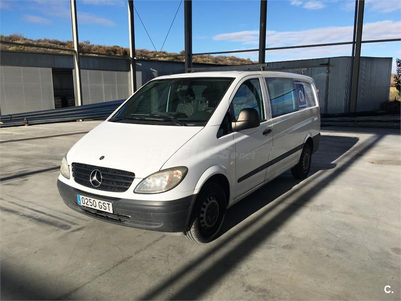 MERCEDES-BENZ Vito 109 CDI Mixto Larga 4p.
