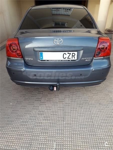 TOYOTA Avensis 2.0 D4D EXECUTIVE 4p.
