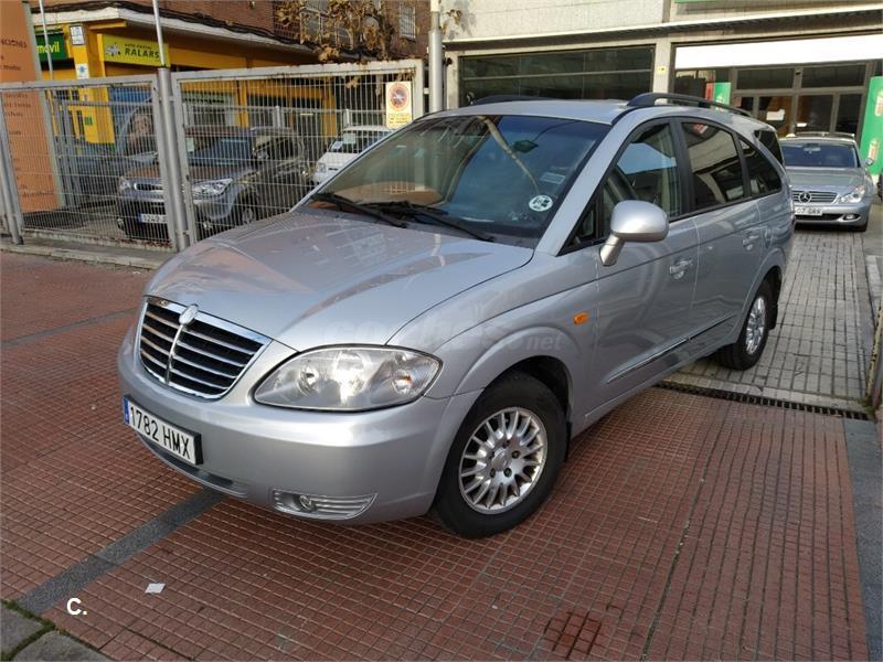 SSANGYONG Rodius 270Xdi Premium Auto 5p.