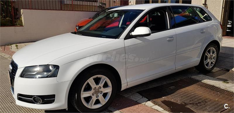 AUDI A3 Sportback 1.6 TDI 105cv Attraction 5p.