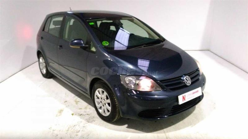 VOLKSWAGEN Golf Plus 1.9 TDI Highline 5p.