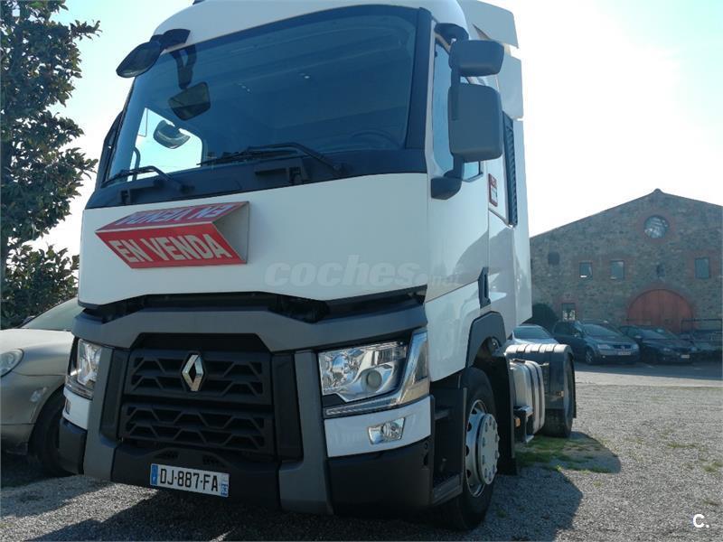 RENAULT Trucks 460 cv. Retarder. Motor Volvo.