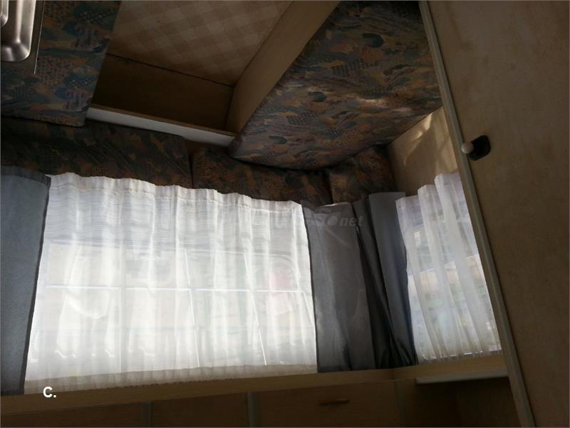 caravana con su documentacion menos 750 Kg.