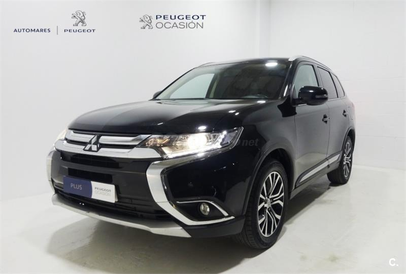 MITSUBISHI Outlander 220 DID SST Motion 5p.