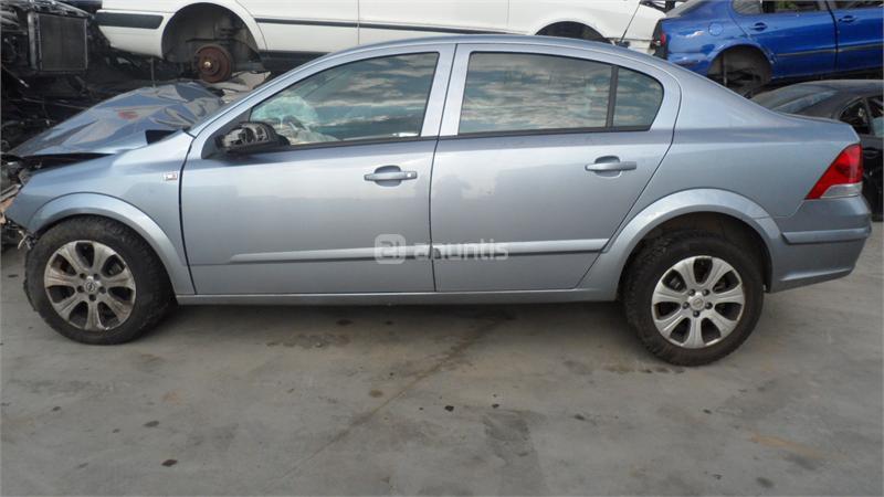 despiece Opel Astra h 1.7 cdti  en Badajoz