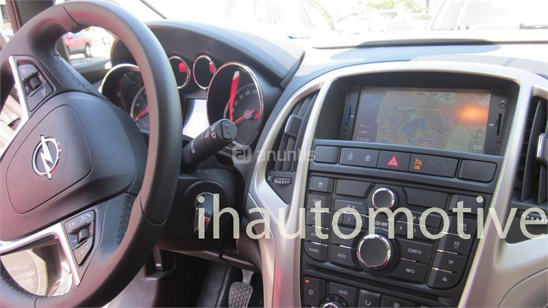 radio navegador gps opel astra j en madrid 27532964. Black Bedroom Furniture Sets. Home Design Ideas