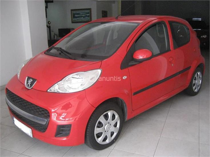 peugeot 107 1 4 hdi urban diesel rojo del 2009 con 53000km. Black Bedroom Furniture Sets. Home Design Ideas