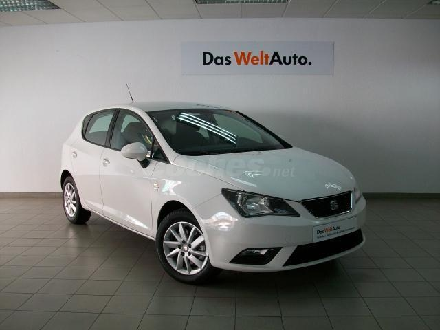 seat ibiza 1 2 tsi 85cv style gasolina blanco blanco candy del 2014 con 17864km en valladolid. Black Bedroom Furniture Sets. Home Design Ideas
