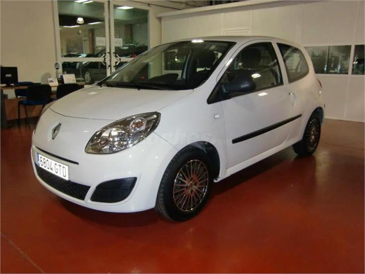renault twingo authentique 2010 1 2 75 eco2 gasolina blanco del 2010 con 51820km en madrid. Black Bedroom Furniture Sets. Home Design Ideas