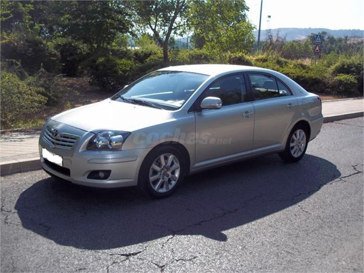 toyota avensis 2 2 d4d sol diesel beige del 2006 con 206000km en madrid. Black Bedroom Furniture Sets. Home Design Ideas